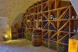 wine-tasting-room-1-263460