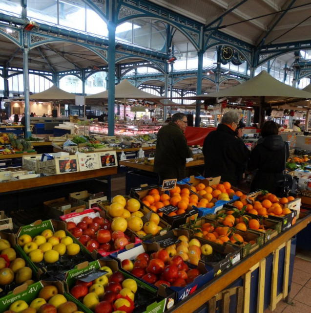 historic-dijon-market-food-82247